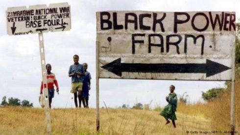"""""""Time For Reconciliation Is Over"""" - South Africa Votes To Confiscate White-Owned Land"""