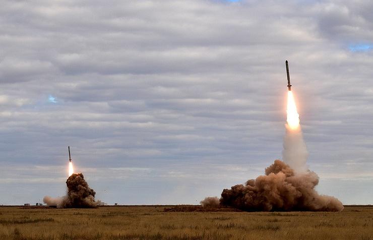 Russia's Weapons Export In 2017 Exceeded $15 Billion - Putin