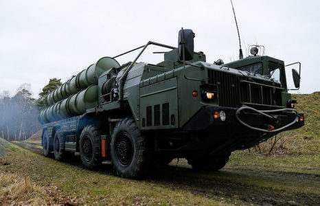 India Is About To Buy S-400 Defense Systems From Russia