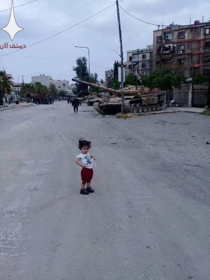 Сирийская армия собирается штурмовать удерживаемые ИГИЛ районы на юге Дамаска (фото)