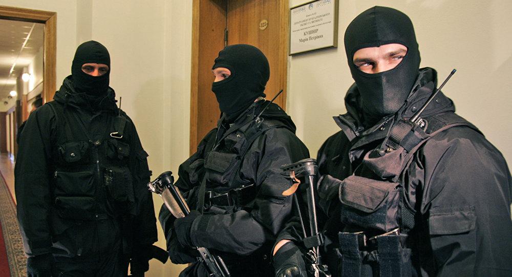 Ukraine's SBU Cracks Down On Russian News Agencies, Detains Journalists