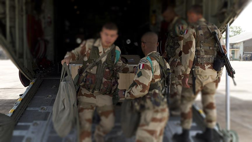 French Troops Install Six Artillery Batteries To Provide Fire Support To Kurdish Militias In Syria - Media