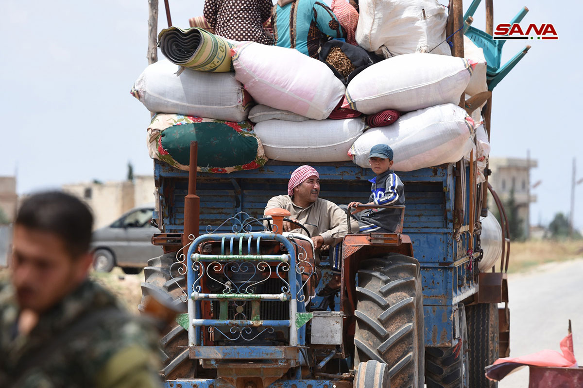 Hundreds Of Civilians Return To Their Villages Around Syria's Abu Duhur Airbase (Photos)