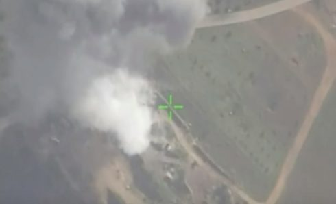 Russian Warplanes Respond To Violations Of De-Escalation Zone By Militants, Bomb Their Positions (Video)