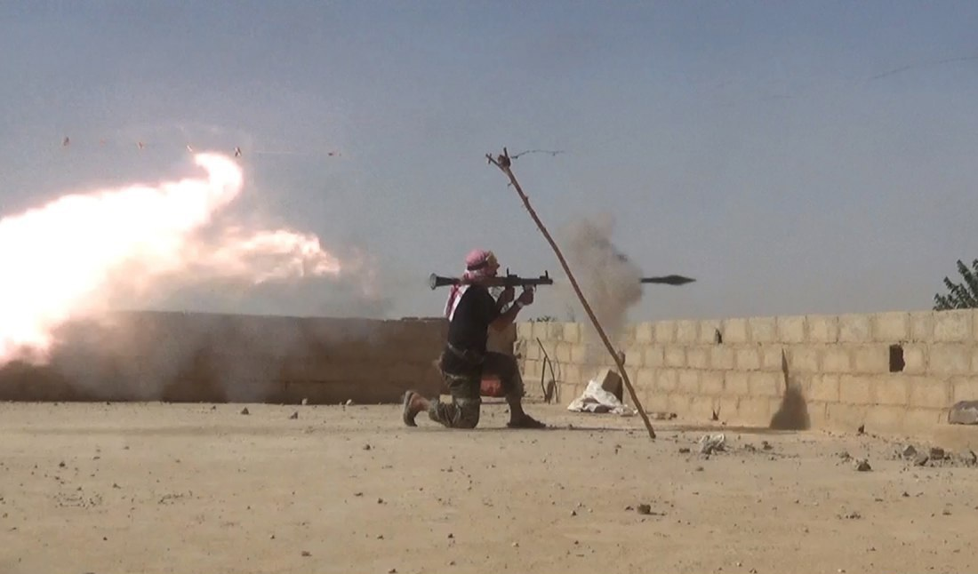 ISIS Attacks Syrian Military Positions North Of Al-Bukamal