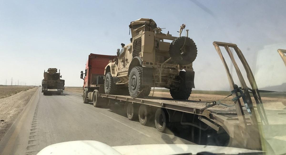 Les États-Unis continuent d'envoyer des armes à leurs mandataires dans le nord-est de la Syrie malgré le retrait prévu