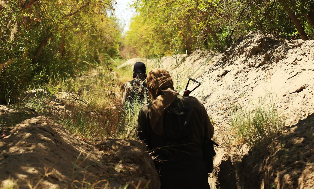 ISIS Fighters Cross Euphrates, Launch New Attack Against Syrian Army In Southern Deir Ezzor