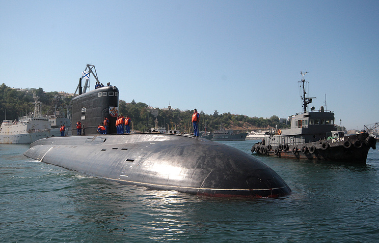 Russia, Philippines Negotiate On Deliveries Of Subs, Helicopter Equipment & Small Arms