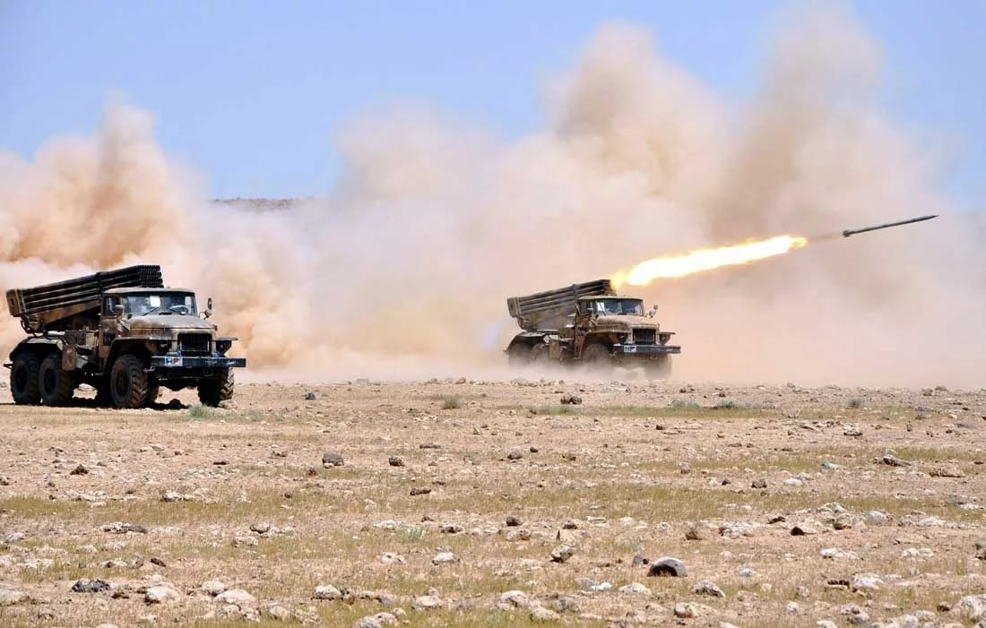 Syrian Army Responds To Militants' Attacks In Northern Hama With Increased Artillery Strikes On Their Positions