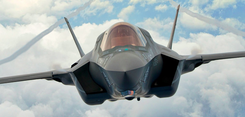 Lockheed Martin Wants To Sell F-22/F-35 Hybrid To US Air Force