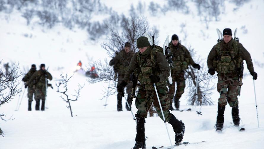Dutch Military Forgets To Buy Warm Clothes Before Winter Exercises In Norway