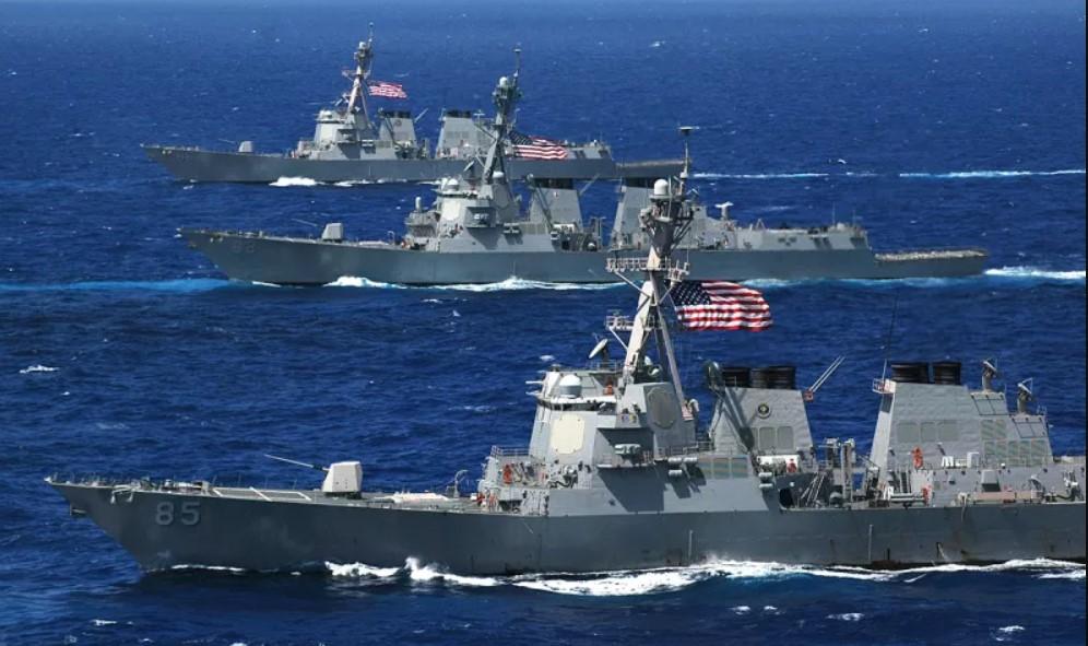 U.S. Interior Secretary Threatens Russia With Naval Blockade