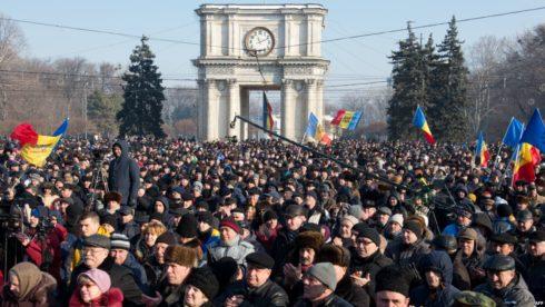 European Parliament: Oligarchs Have 'Captured Moldova'