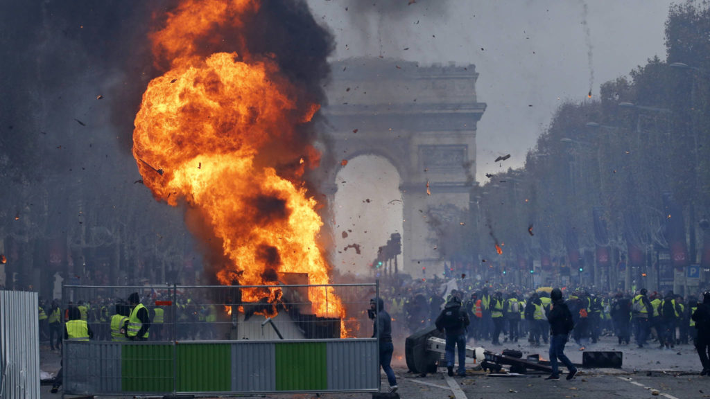 Over 100,000 People Participate In Fuel Prices Protests Across France. Violence Breaks In Paris