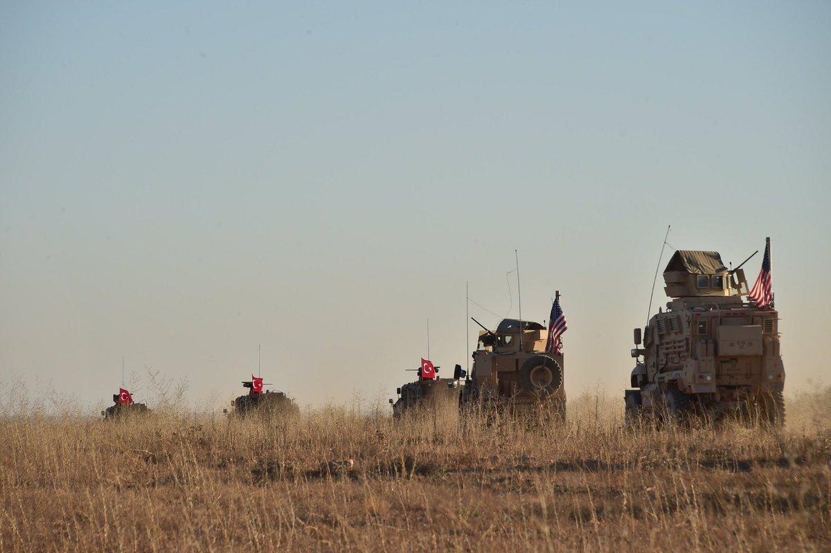 Turkish And U.S. Troops Begin Conducting Joint Patrols North Of Manbij (Photos)