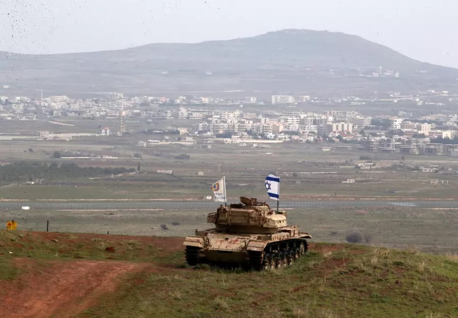 Breaking: Israel Shells Syrian Army Positions In Al-Quneitra