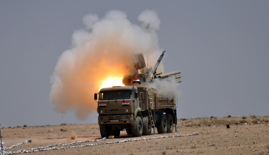 """Breaking: Syrian Air Defense Forces Shoot Down """"Enemy Objects"""" Over Damascus"""
