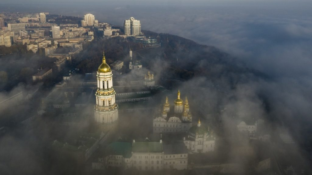 'Pro-Western Ukraine' Today: 100 Richest Persons Control Assets Equal To Half Of National Debt