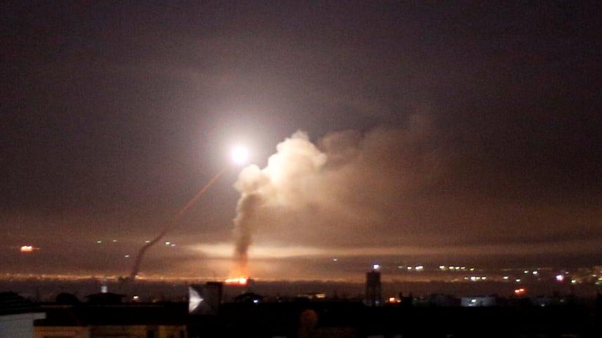 Netanyahu Praises Israeli Air Force After Christmas Airstrikes On Syria
