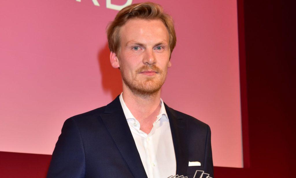 Der Spiegel Journalist Won Awards For Fake Stories About Syria, Iraq & Other Topics