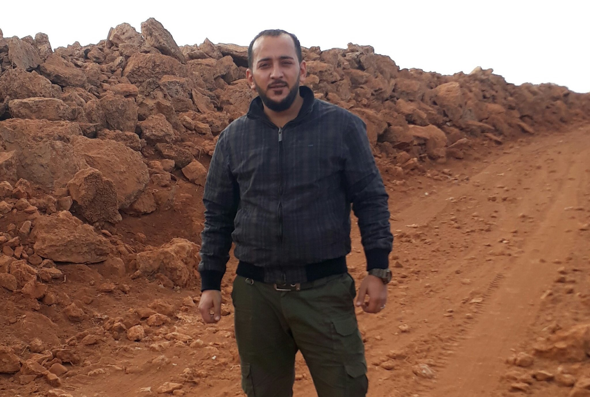 Prominent Free Syrian Army Commander Defects And Joins Government Forces