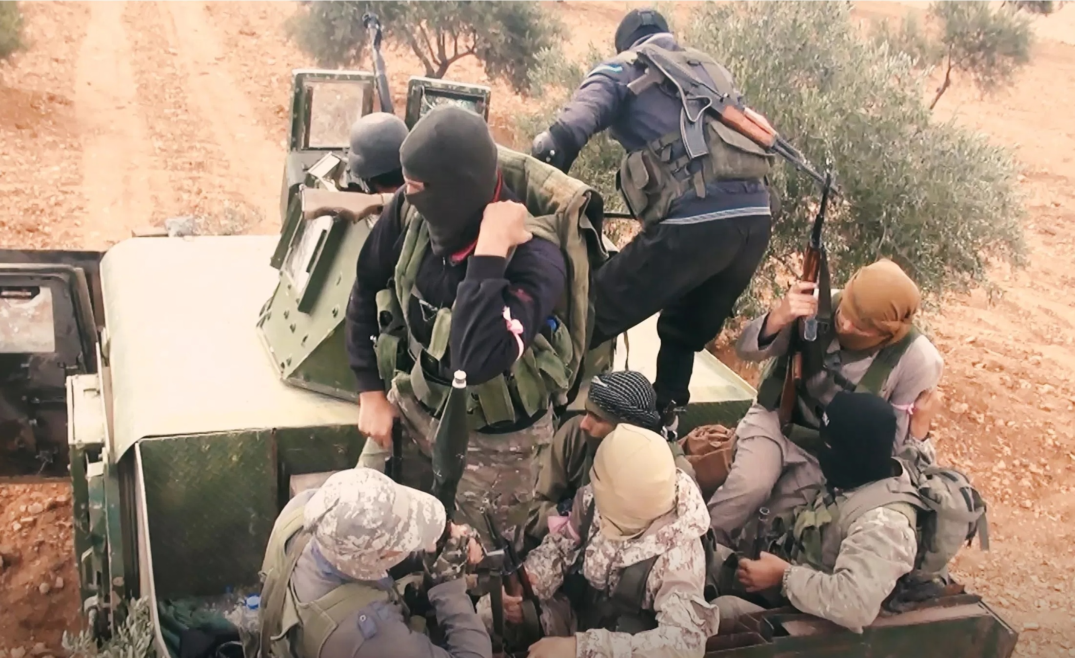 Al-Qaeda Factions Send Reinforcements To Southern Idlib