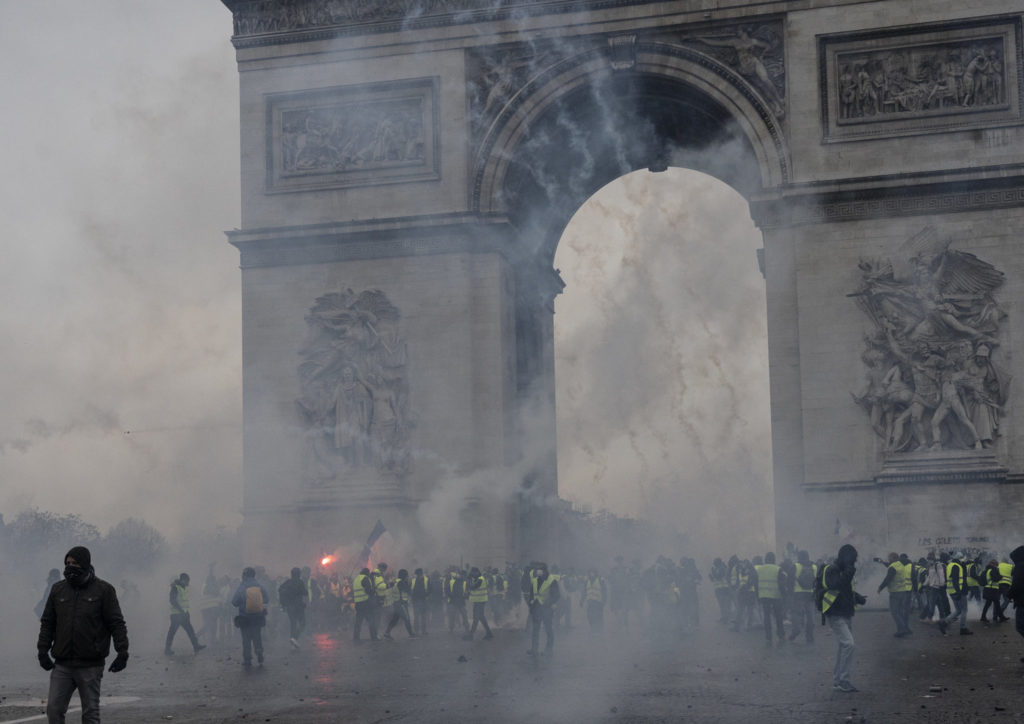 Double-Standard Approach As Is: French Govt Deploys Armoured Vehicles, Thousands Of Security Personnel To Crack Down On Protests In Paris