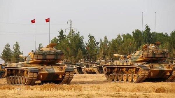 Turkish Lira Tumbles As Tanks Amass Along Syrian Border
