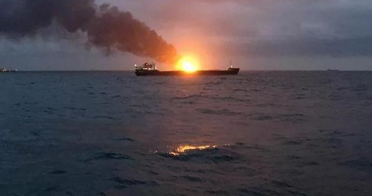 11 Dead, 9 Missing After Two Tankers Caught Fire Near Kerch Strait (Video)