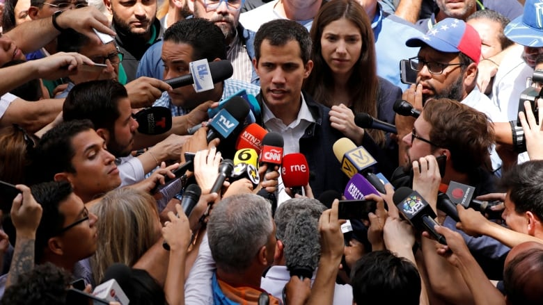 US-Proclaimed Venezuelan Interim President Claims To Hold Secret Meetings With Military. Trump Calls Him To Show US Support