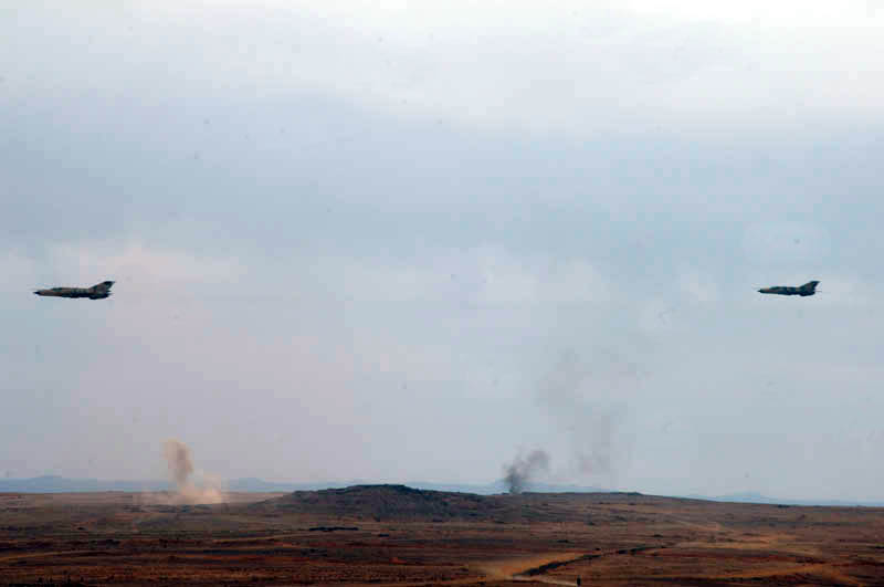 Syrian Air Force Strikes ISIS Positions In Damascus Desert