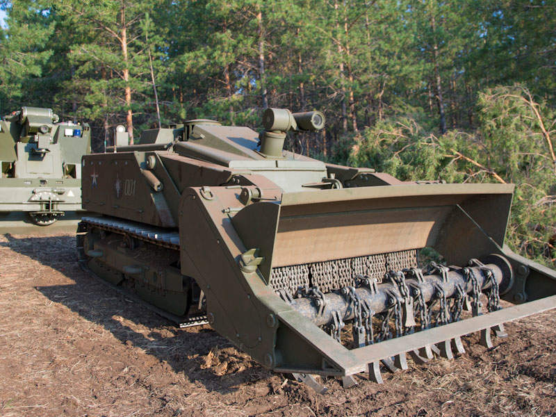 Russian Military To Receive At Least 12 Uran-6 Mine-Clearing Robots In 2019