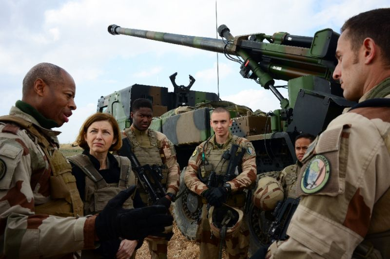 In Photos: French Artillery Group Deployed Near Frontline With ISIS In Syria's Euphrates Valley