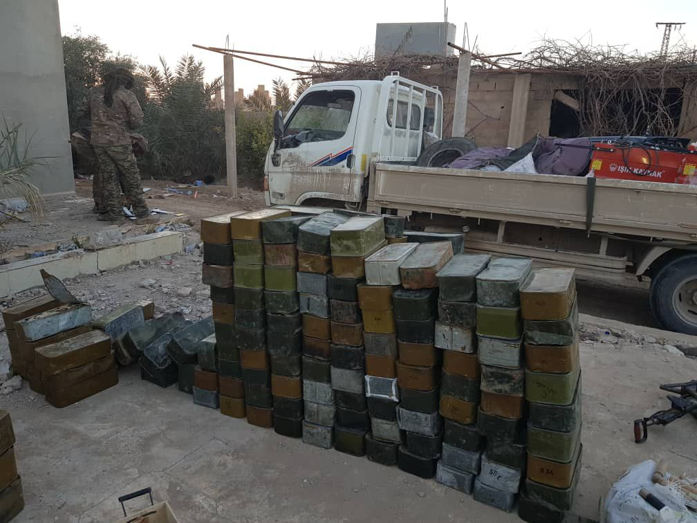 SDF Captured Loads Of Weapons Abandoned By ISIS (Photos)