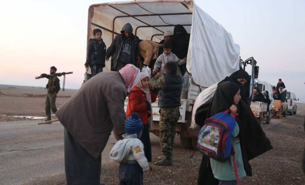 US-Backed Forces Evacuate Men, Women And Children From ISIS-held Pocket In Euphrates Valley