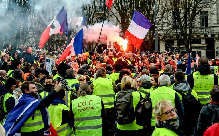 Yellow Vest Protests Take Place for 13th Week in a Row