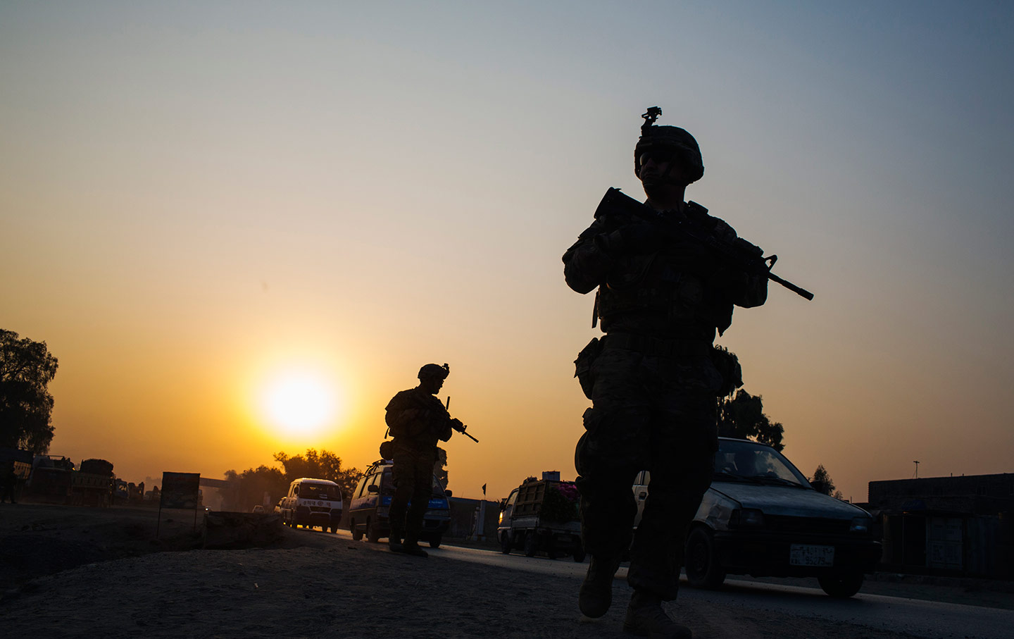 US Forces Killed Afghan Civilians In 'Panic Shooting' Following Kabul Airport Suicide Attack (Videos)