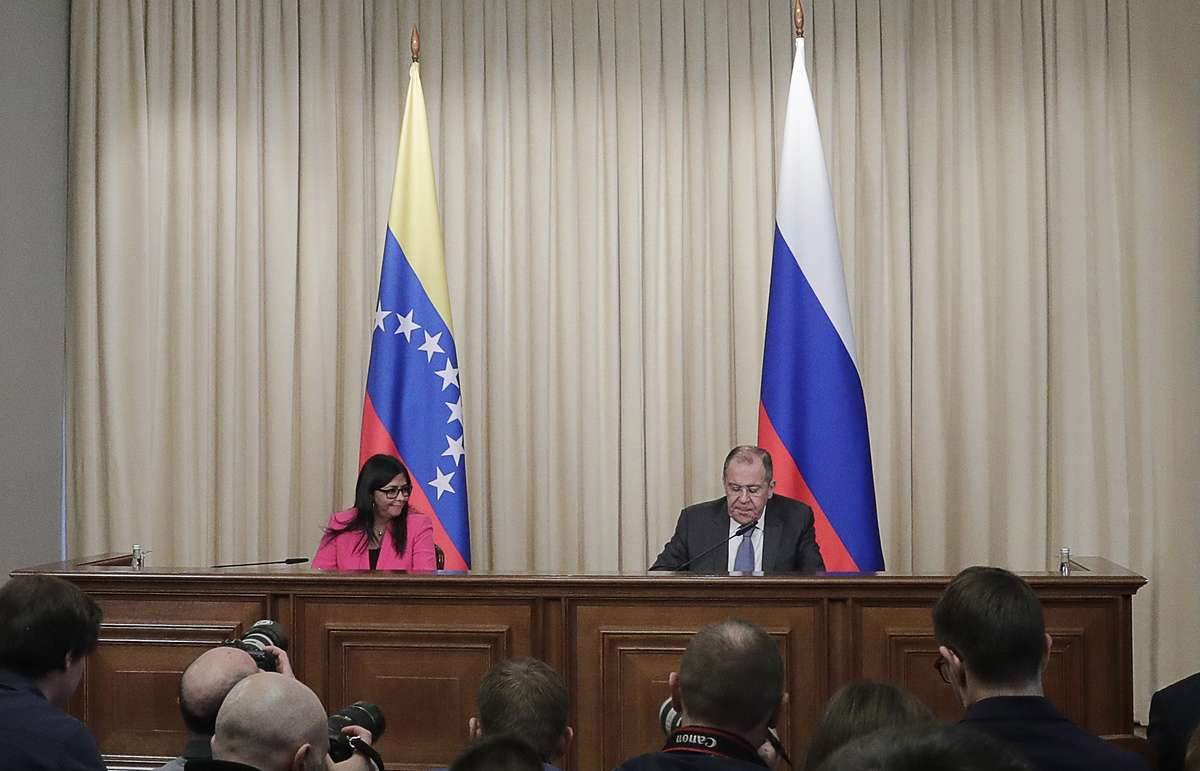 US Sanctions More Venezuelan Officials While Russia And Venezuela Announce Further Cooperation