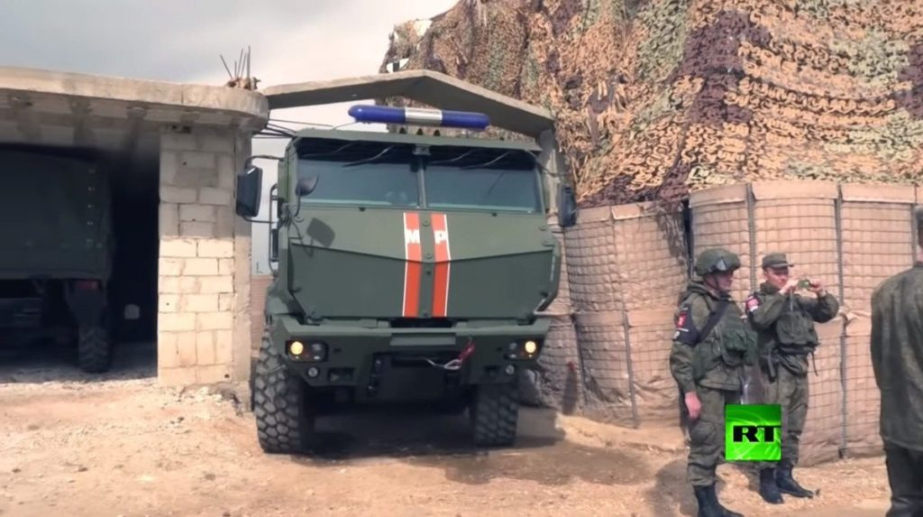 Russian Military Police Units Continue Patrols Near Golan Heights (Photos)