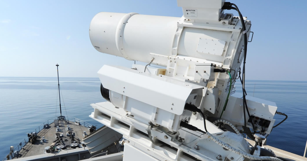 """US Navy Ready To """"Burn Boats"""" With New Laser Weapon"""