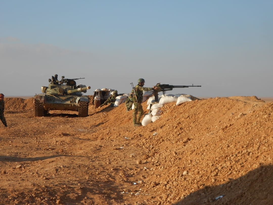 Syrian Army Conducts Live-Fire Drills Near U.S Millitary Base In Al-Tanaf (Photos, Video)