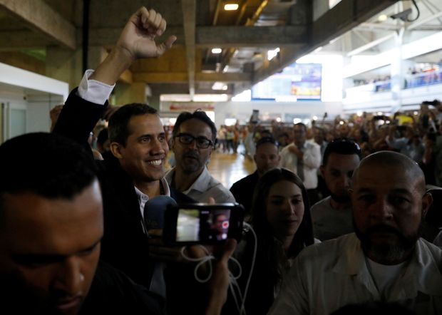 Guaido Returns To Venezuela, Announces That Maduro Government Will Face More Sanctions
