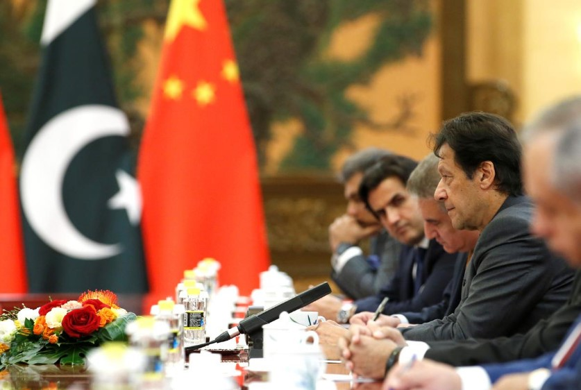 China Emhapsizes And Praises Pakistan's 'Restraint' Over Escalation Of Conflict With India