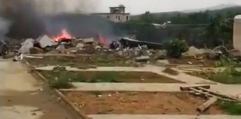 Two Pilots Died In Fighter Jet Crash In China's Hainan ...