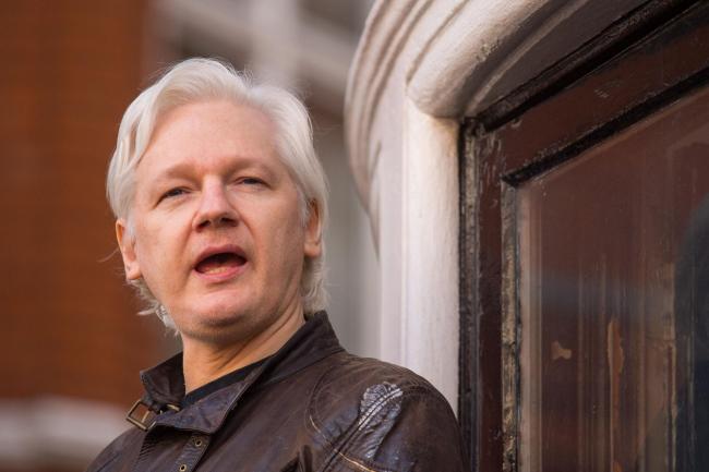 Julian Assange Arrested By UK Metro Police, Invited By Ecuadorian Ambassador