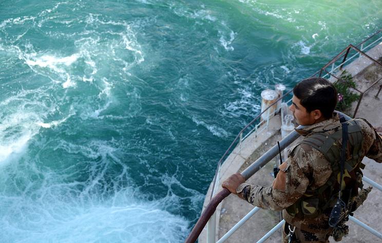 Pontoon Bridge Across Euphrates Restored In Syria: Russian Reconciliation Center