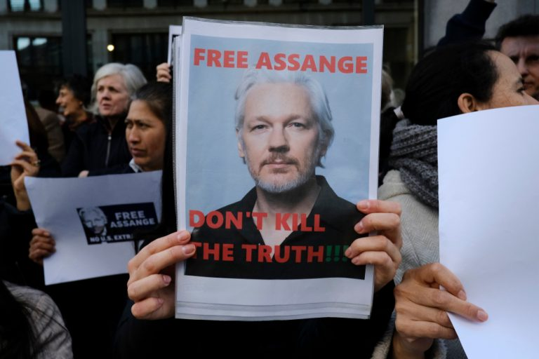 Assange's Fourth Day at the Old Bailey: COVID in the Courtroom