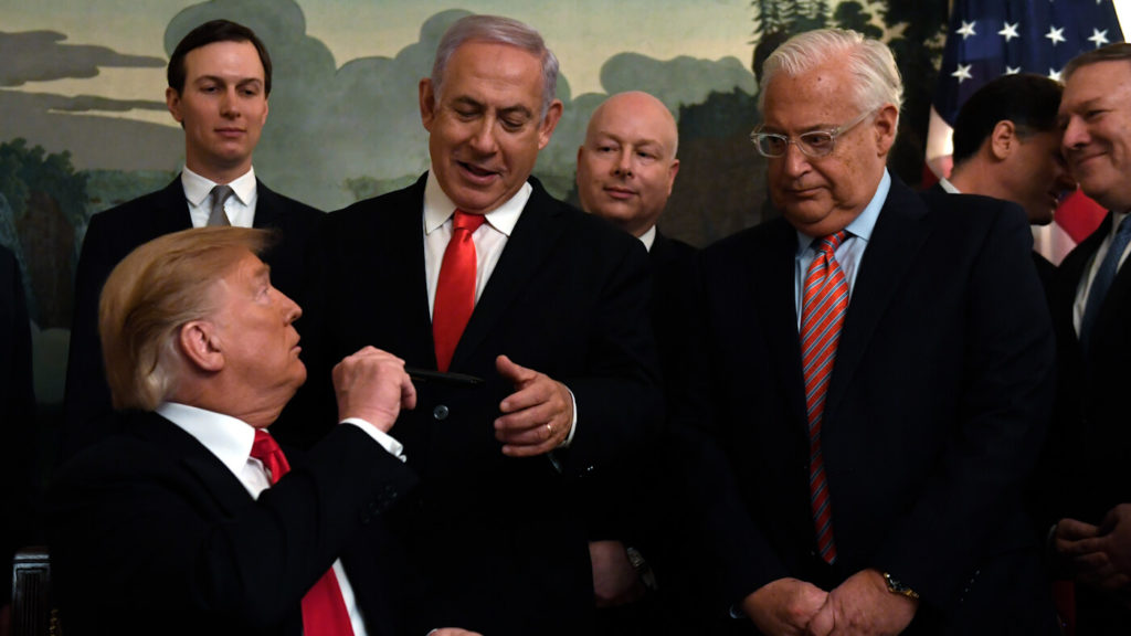 """Trump's """"Deal of the Century"""" Will Use Sanctions, Military Threats to Force Palestinian Acceptance"""