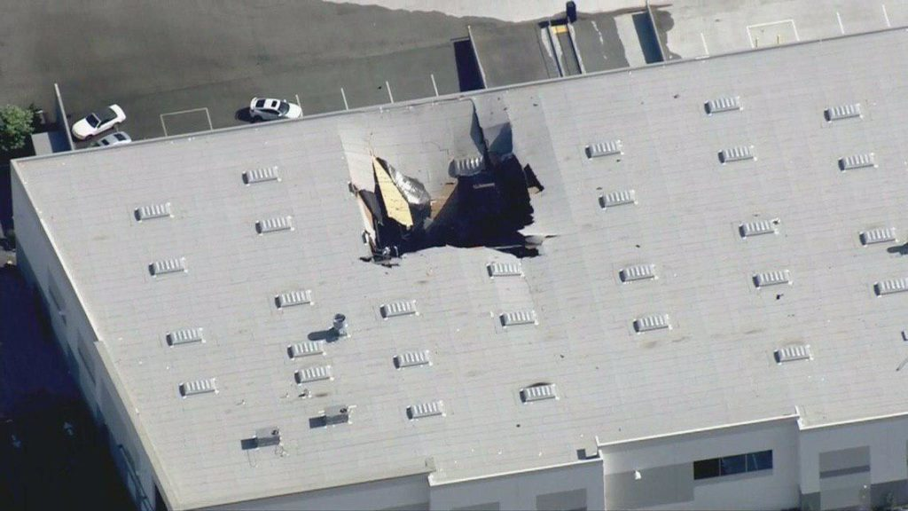 F-16 Jet Crashed Into Warehouse In California (Photos)