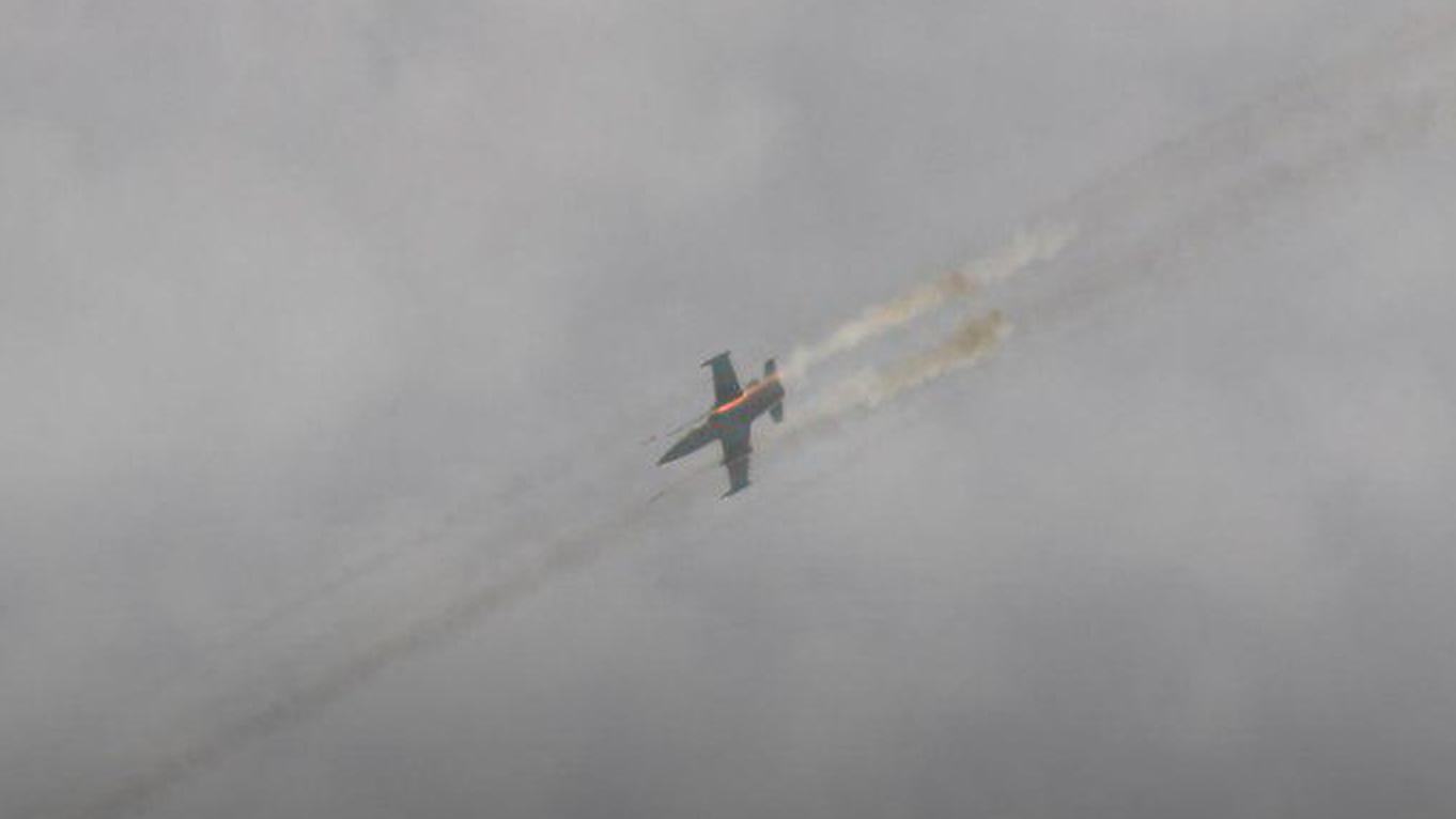 Syrian Warplanes Pound Militant Positions In Southern Idlib